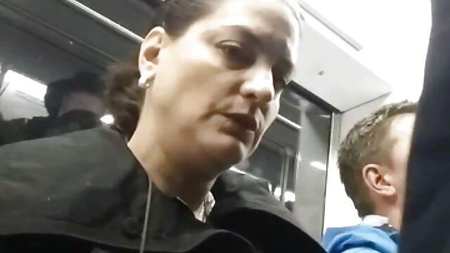 キスは継父が彼女とセックスをしていたと主張 女性 が 見る セックス 動画