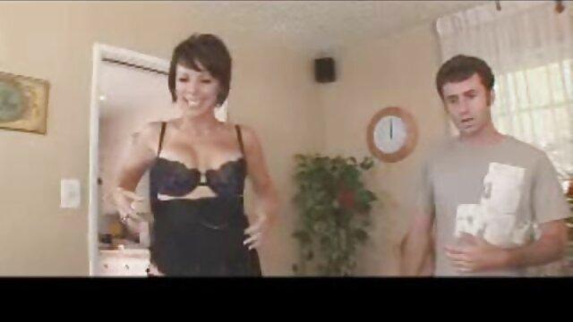 キッチンで隣人を飲み込んだ女性たち 無料 セックス 動画 女性 向け