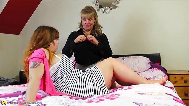 性の娯楽のための若いカップルの後の学校 セックス 動画 無料 女性 向け