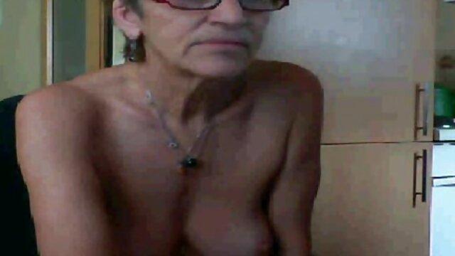 アーニャ、若い、ブロンドと 女 の ため の セックス 動画