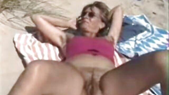 後に固定のバスアが妻に座った浴室での戦闘 女性 向け の セックス 動画