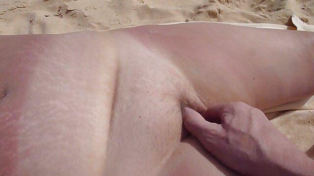 彼の最愛の妻の舌は穴に強制されました 女性 向け セックス 無料 動画